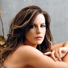 kate-beckinsale-hot-40s