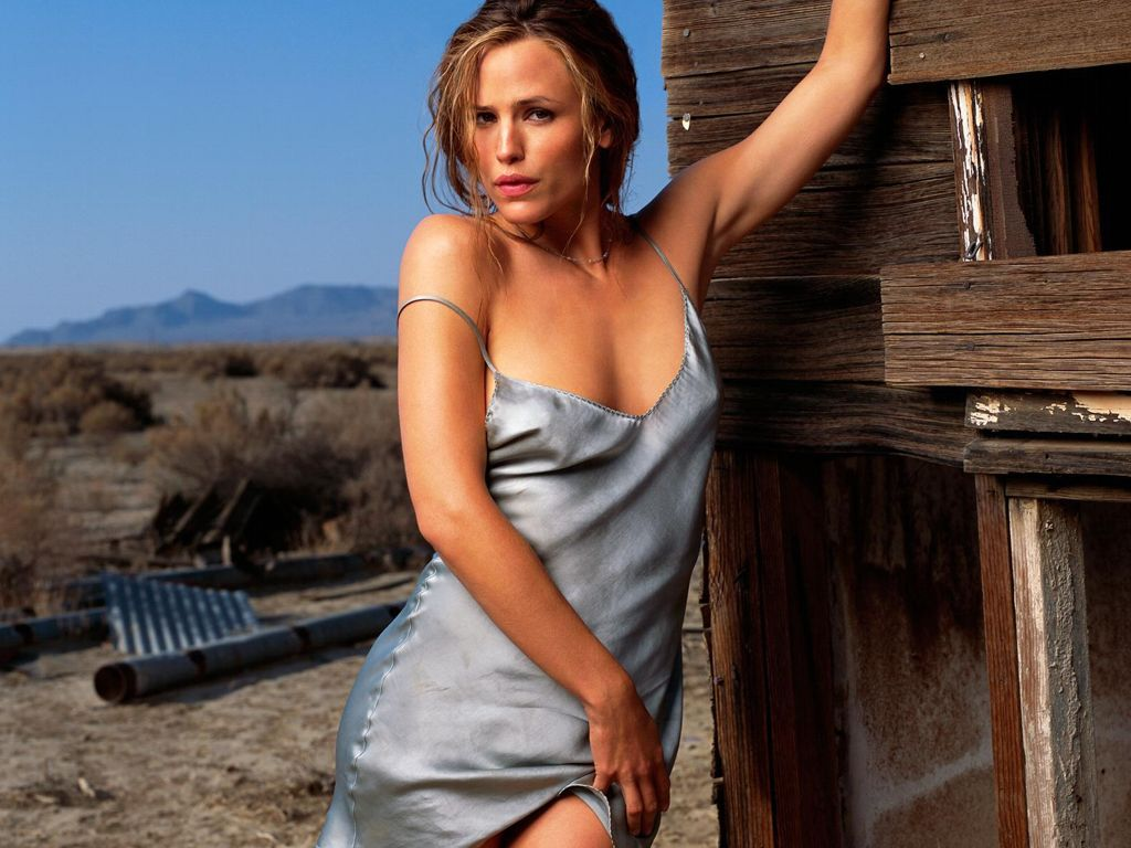 jennifer garner in blue nightie