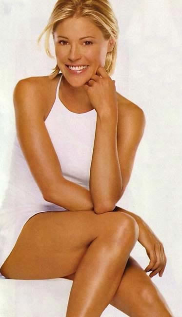 julie-bowen-hot