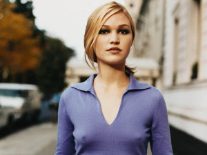 Julia_Stiles_hot
