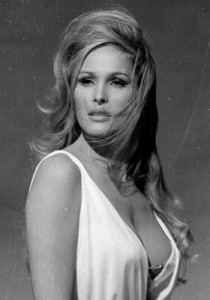 ursula-andress2