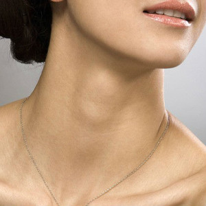 womans neck