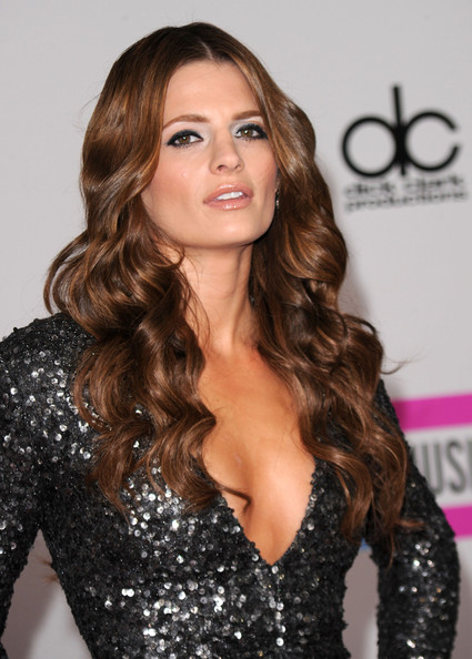 Stana+Katic-hot