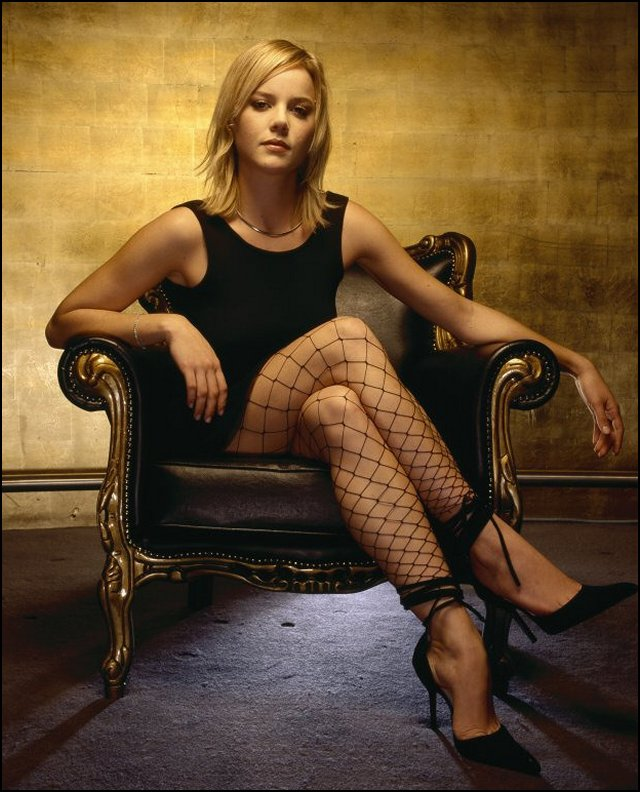 abbie cornish legs
