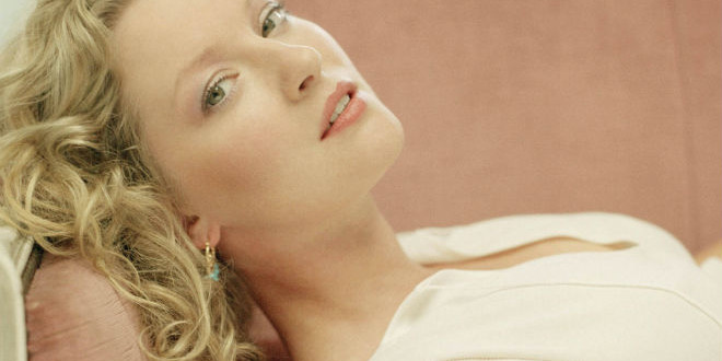 The Daily Looker: Gretchen Mol