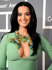 katy-perry-cleavage