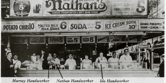 The Daily Retro Pic: Coney Island's Original Nathan's Famous in 1922