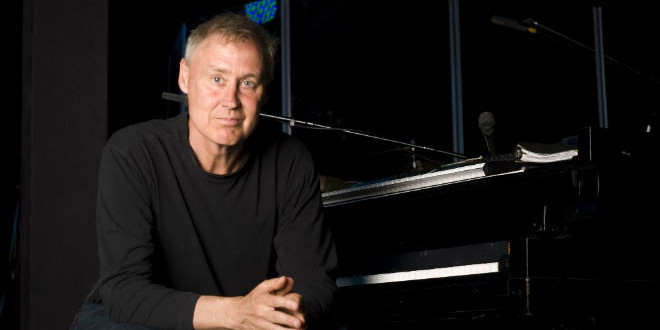 The Daily 40+ Birthday: Bruce Hornsby