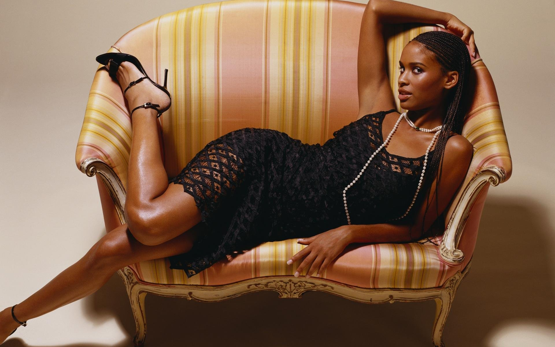 Joy Bryant hot heels
