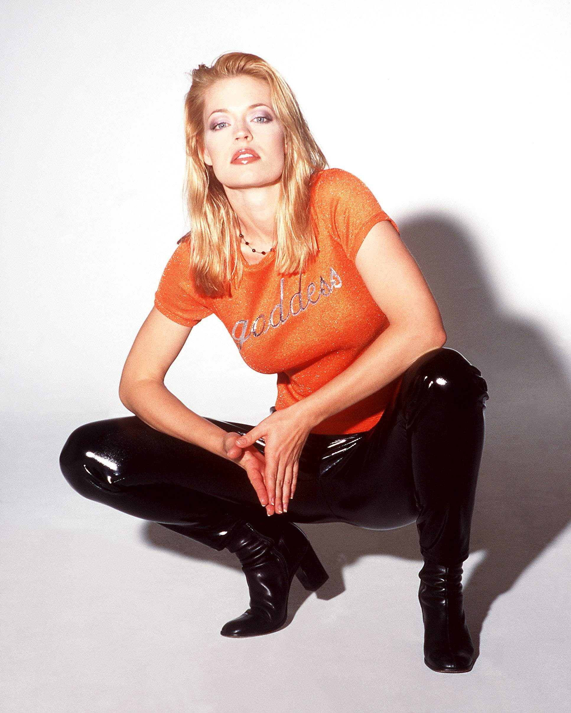 Jeri Ryan leather pants