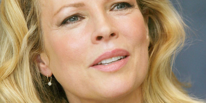 The Daily 40+ Birthday: Kim Basinger