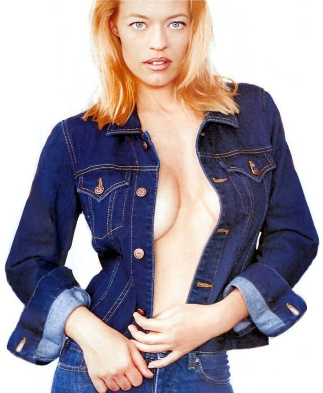 jeri-ryan-jean jacket cleavage